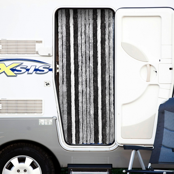 rideau porte chenille accessoire de camping car. Black Bedroom Furniture Sets. Home Design Ideas