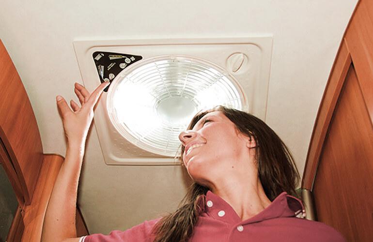 lanterneau ventilateur